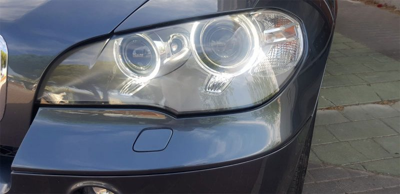 BMW X5 xdrive 40D 5 puertas Faros