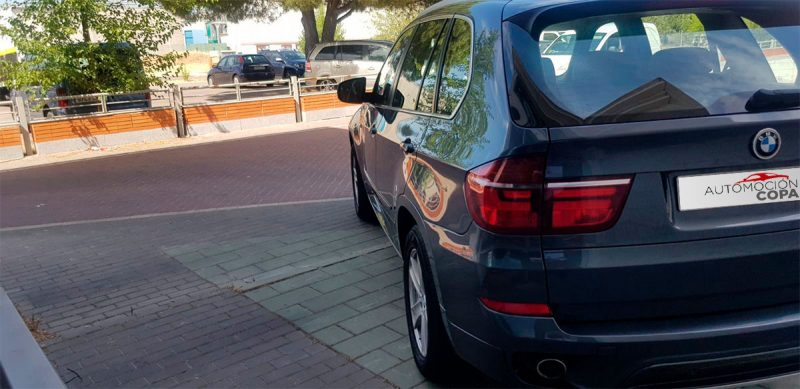 BMW X5 xdrive 40D 5 puertas Vista trasera