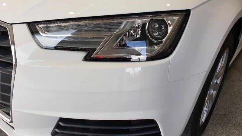Audi A4 2.0 TDI S Tronic faro delantero