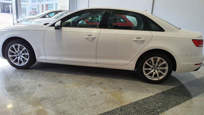 Audi A4 2.0 TDI S Tronic lateral izd