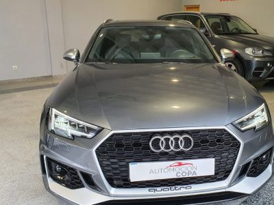 Audi RS4 Avant 2.9 TFSI visión frontal