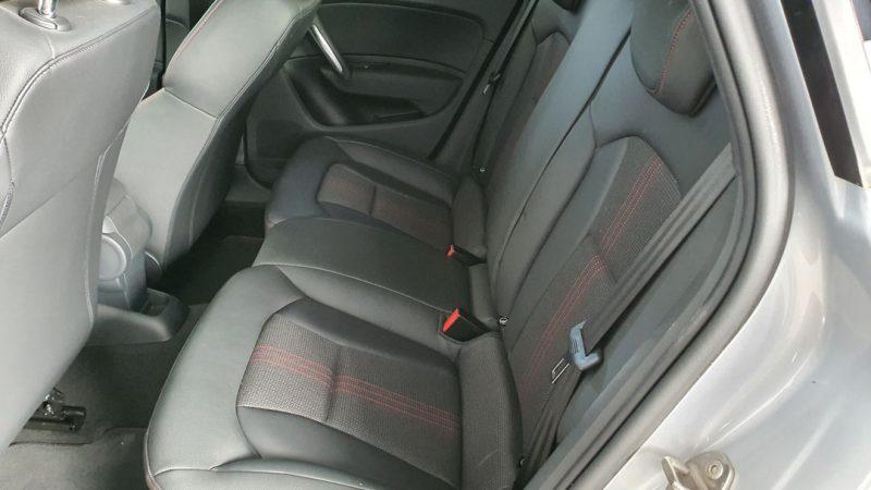 AUDI S1 Sportback 2.0 TFSI quattro asientos traseros