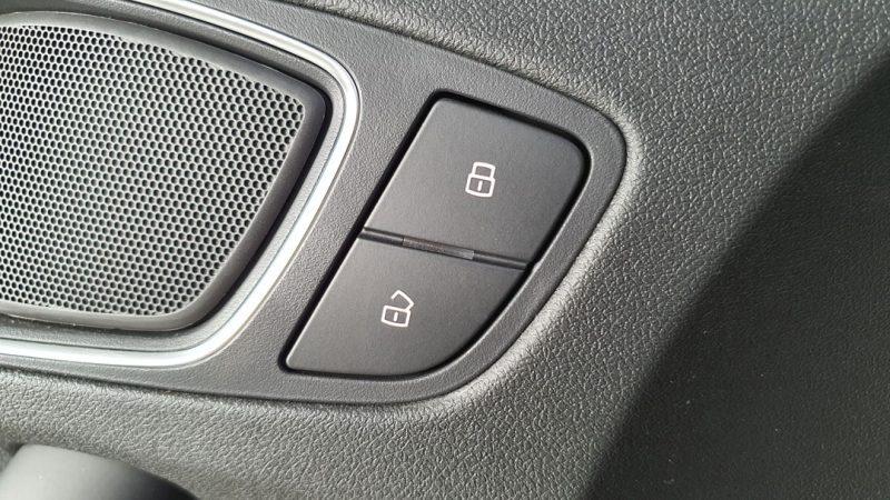 AUDI S1 Sportback 2.0 TFSI quattro botones para abrir y cerrar las puertas