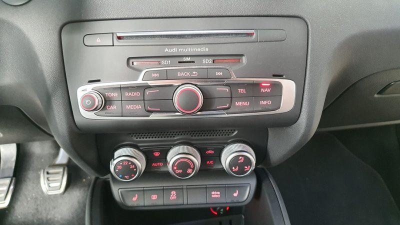 AUDI S1 Sportback 2.0 TFSI quattro control de audio y aire acondicionado y calefaccion
