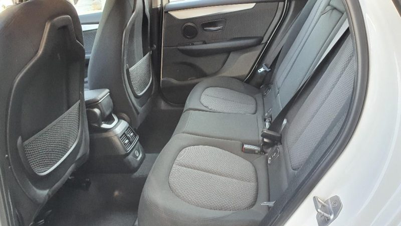BMW Serie 2 218d Active Tourer asiento tresero