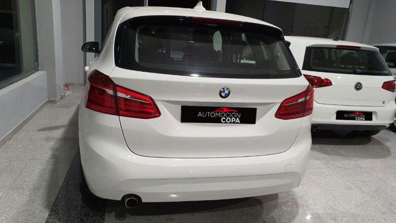 BMW Serie 2 218d Active Tourer vista posterior