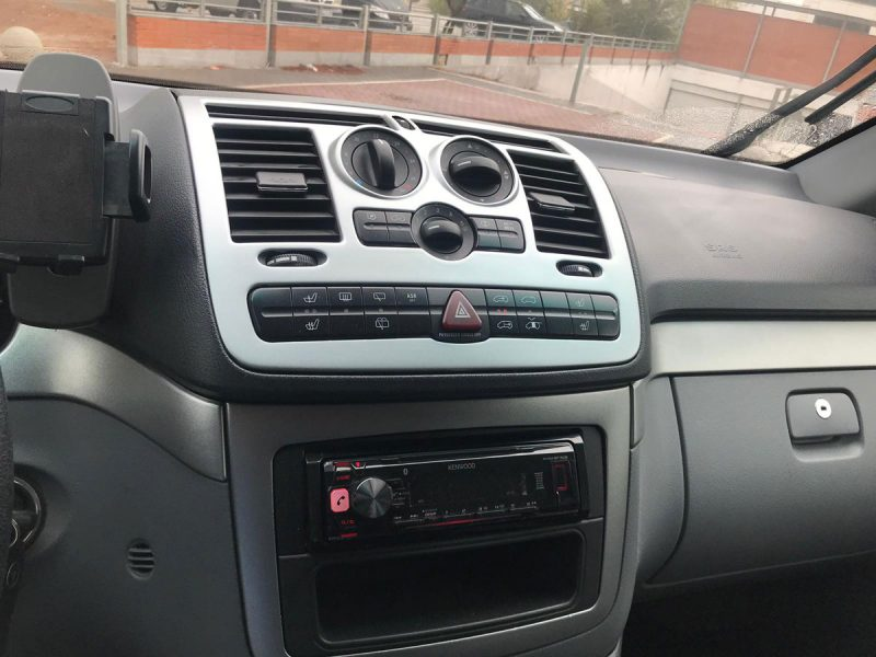 Mercedes-Benz Viano 2.2 CDI Trend larga cuadro mandos