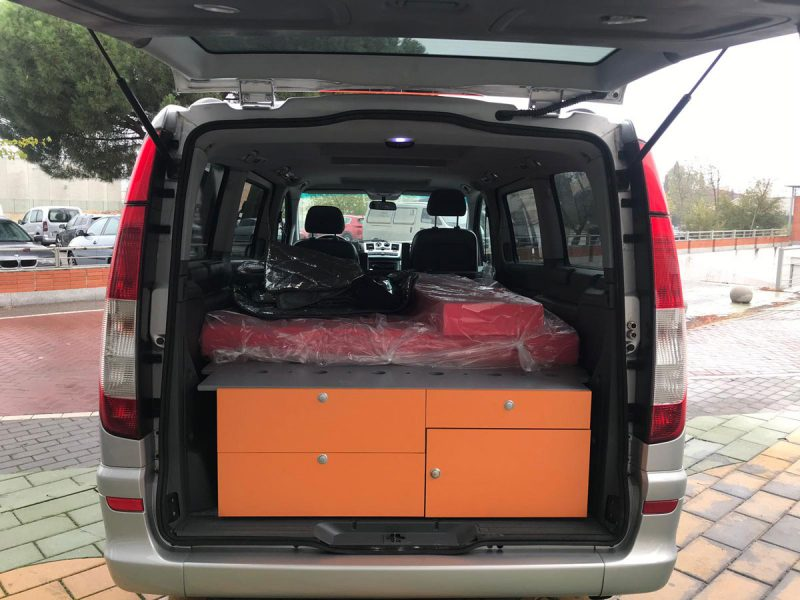 MERCEDES-BENZ VIANO 2.2 CDI Trend Extralarga maletero abierto