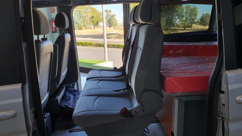 MERCEDES-BENZ VIANO 2.2 CDI Trend Extralarga asientos traseros desde la izquierda