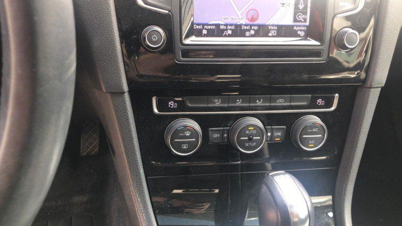 Volkswagen Golf Sport 2.0 TDI Sportback BMT DSGclimatizador