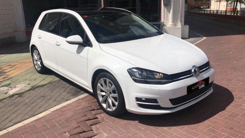 Volkswagen Golf Sport 2.0 TDI BMT DSG lateral delantero derecho