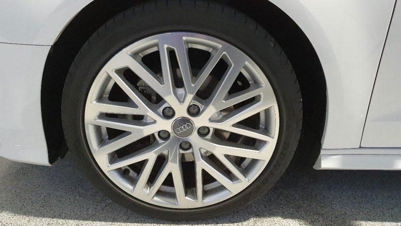 Audi A3 2.0 TDI S line edition visión rueda