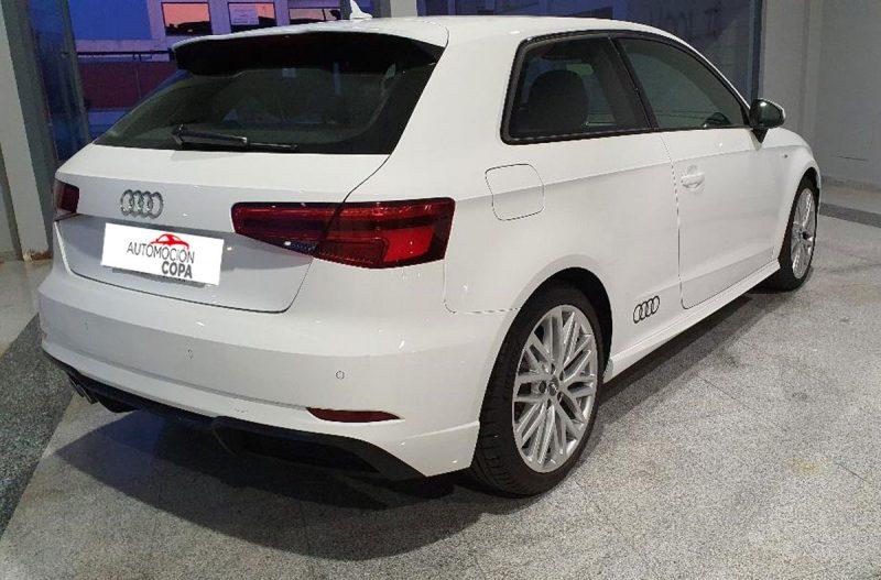 Audi A3 2.0 TDI S line edition visión trasera drch