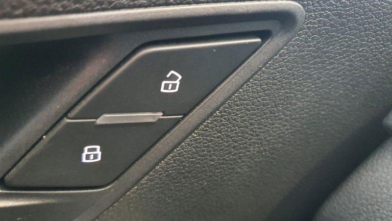 Audi Q2 design edition cierre centralizado