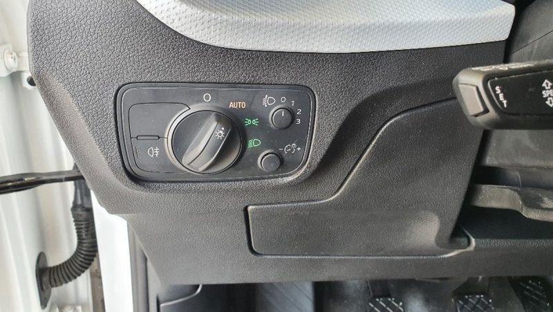 Audi Q2 design edition cuadro de luces