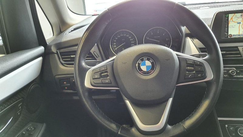 BMW 218d Active Tourer volante