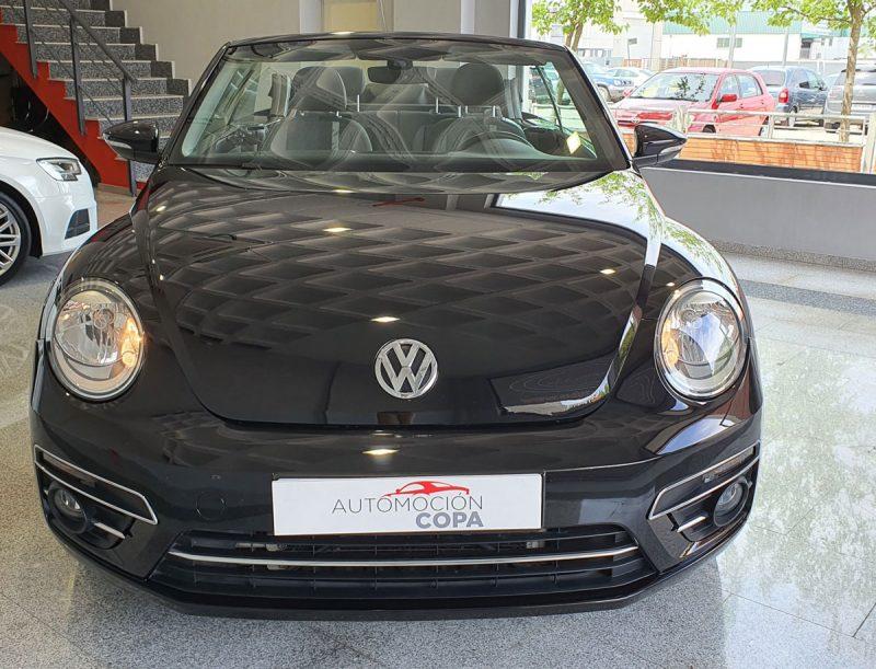 Volkswagen Beetle Cabrio Auto 110 KW 150CV frontal