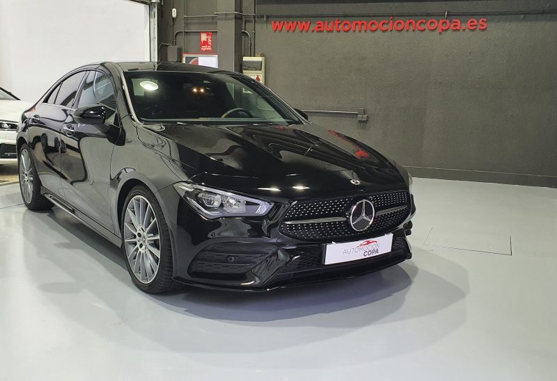 MERCEDES-BENZ-CLA-220-d-194-CV-AMG-vista-frontal-lateral