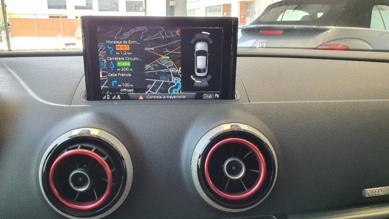AUDI A3 Sport edition 1.0 TFSI 4 puertas pantalla de control