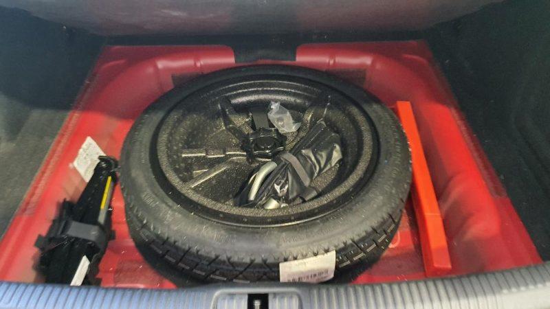 AUDI A3 Sport edition 1.0 TFSI 4 puertas rueda de recambio