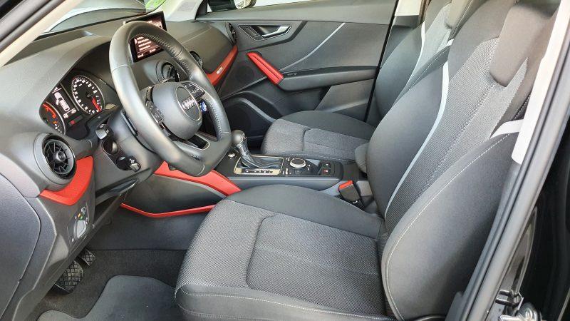 AUDI Q2 Sport edition 1.4 TFSI CoD S Tronic asientos delanteros y volante
