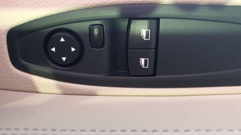 BMW Serie 2 225dA Coupe control de ventanillas y espejos retrovisores en la puerta del conductor