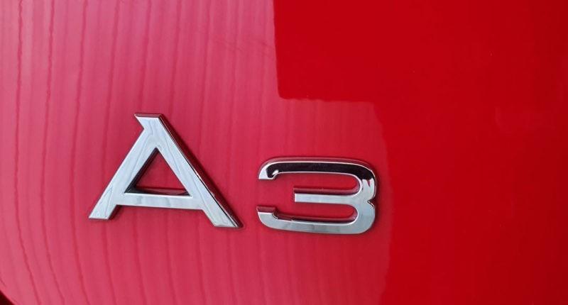 Insignia Audi A3 Sport edition 1.0 TFSI Sedan 4p de segunda mano