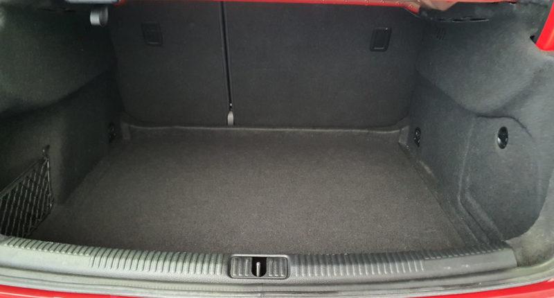 Maletero Audi A3 Sport edition 1.0 TFSI Sedan 4p