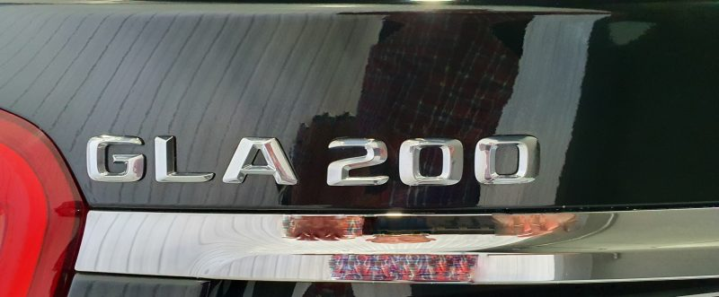 MERCEDES-BENZ Clase GLA 200 CDI AMG line 5p vista trasera del modelo