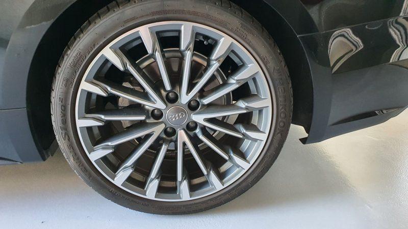 AUDI A5 2.0 TDI Coupe 190CV S line vista de la llanta delantera derecha