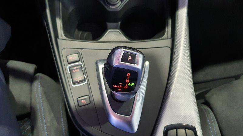 BMW Serie 2 218d Cabrio palanca de cambio automatico