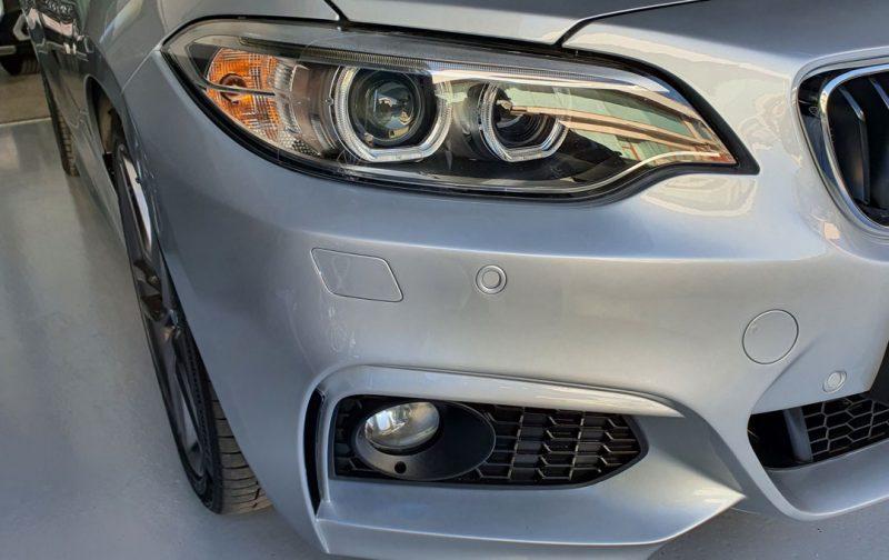 BMW Serie 2 218d Cabrio vista del faro derecho