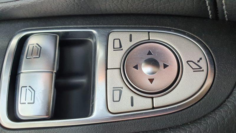 MERCEDES-BENZ Clase C Coupe 250d AMG Line control de ventanillas y espejos en la puerta del conductor