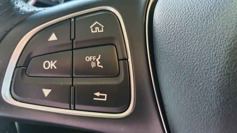 MERCEDES-BENZ Clase GLC 250d 4MATIC 5p control de audio en volante