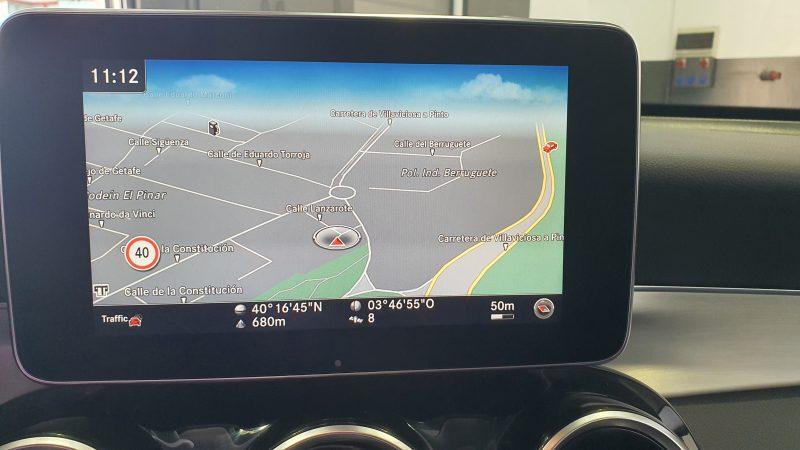 MERCEDES-BENZ Clase GLC 250d 4MATIC 5p pantalla con GPS