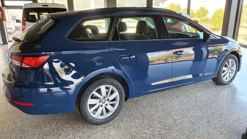 SEAT Leon ST 1.6 TDI StSp Reference vista lateral derecho