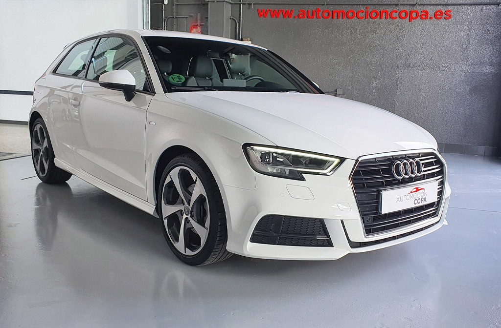 Audi A3 1.0 TFSI S Linea Edition 3p vista frontal lateral derecho