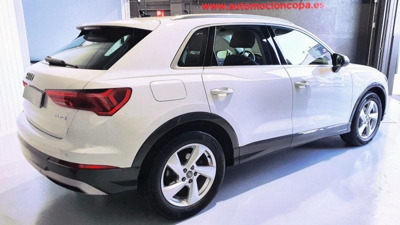 Audi Q3, lateral trasero derecho