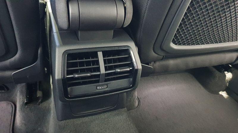 Salida de aire acondicionado asientos trasero, Audi Q3