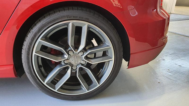 AUDI A3 Black line edition de segunda mano, detalle rueda