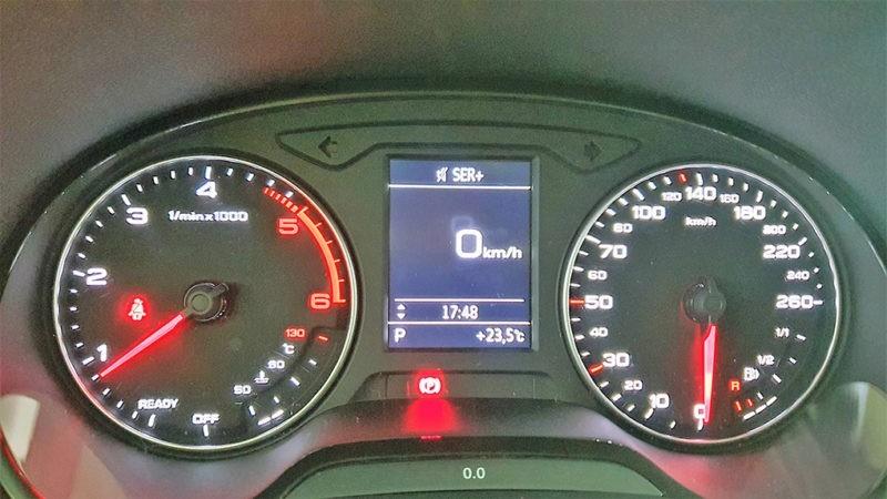 Panel frontal Audi Q2