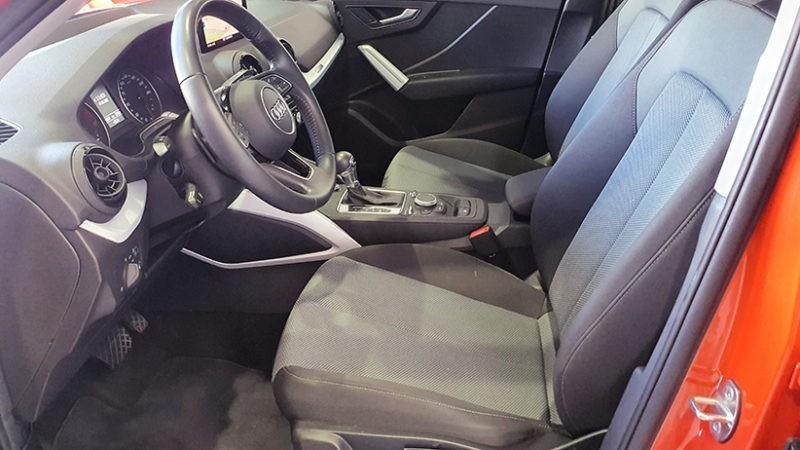 AUDI Q2 1.4 TFSI de segunda mano, asienos delanteros
