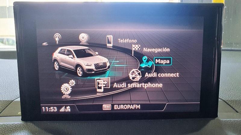 AUDI Q2 smartphone interface