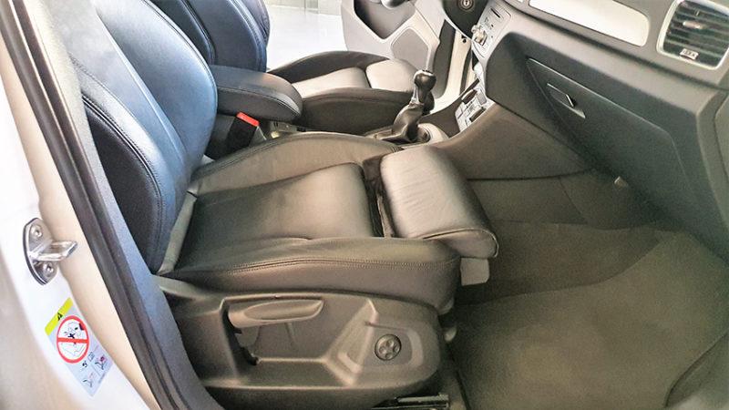 interior delantero Audi Q3