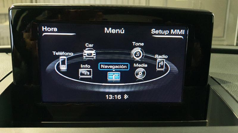 pantalla Audi Q3 2.0 sport edition TDI