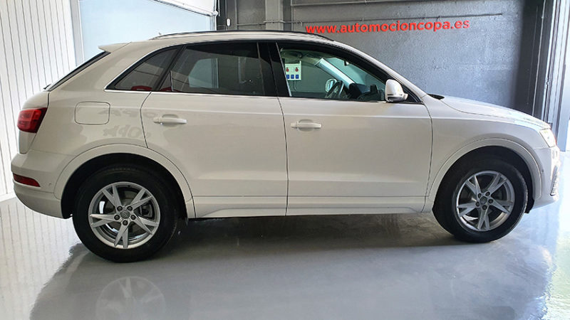 vista lateral Audi Q3 2.0 sport edition TDI
